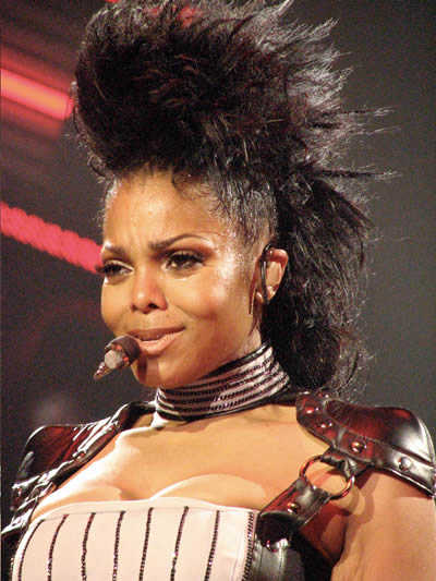janet-jackson-spikey-hair-witchu-tour
