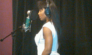serena-williams-microphone-rapper