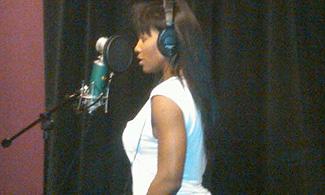 serena-williams-microphone-rapper