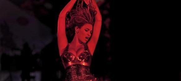 Beyonce-billboard-33