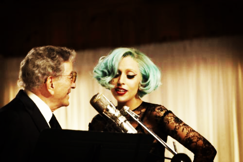 ipush-lady-gaga-tony-bennett-duo-explosif-L-iubg3m