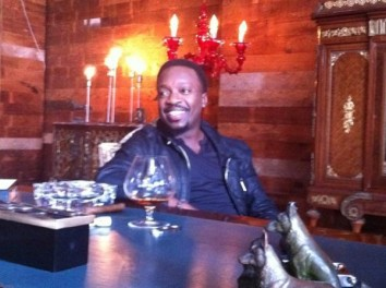 Anthony_Hamilton_Woo_video_set