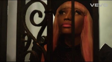 Nicki-Minaj-David-Guetta-Turn-Me-On-music-video