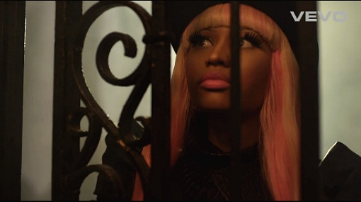 Nicki-Minaj-David-Guetta-Turn-Me-On-music-video