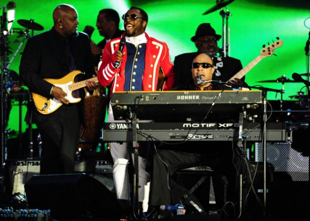 Diamond-Jubilee-Concert-Will-Stevie-Wonder-620x442