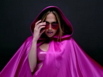 Jennifer-Lopez-Goin-In-music-video-600x450
