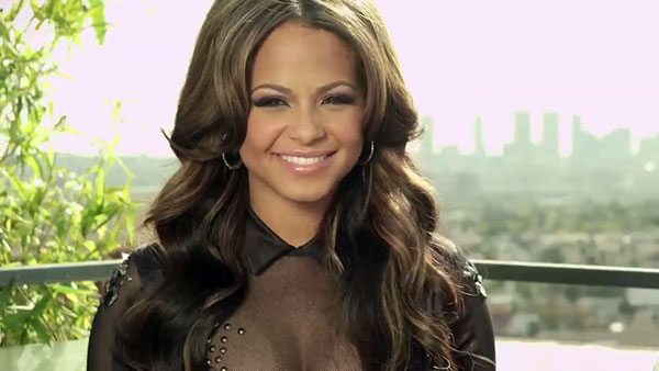 christina-milian-in-kia-rio-scavenger-hunt-to-find-her-2012-ggnoads