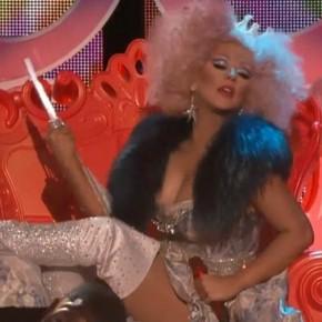 Christina-Aguilera-Make-the-World-Move-The-Voice