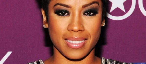 Keyshia-Cole-Black-Girls-Rock-2012-Crest-Style-And-Smile--640x420