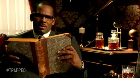 rkelly-trapped_in_the_closed-skeuds