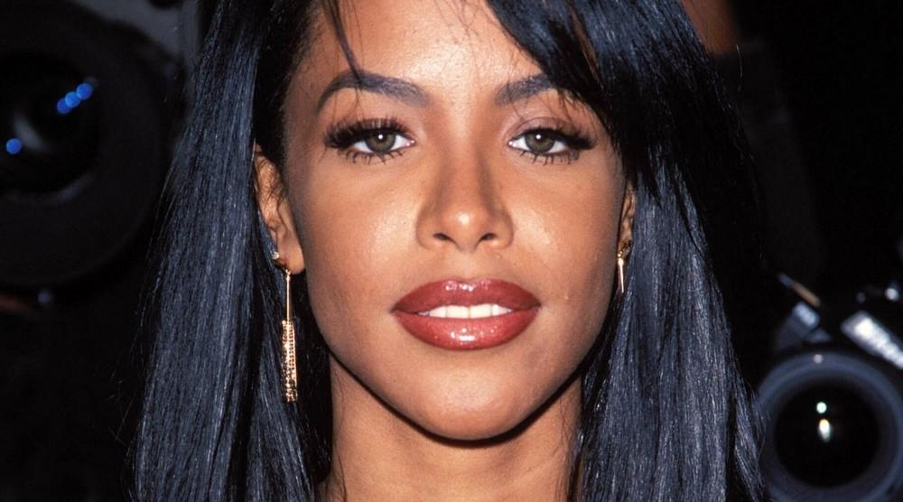 Aaliyah-aaliyah-18275771-1280-800 (1)