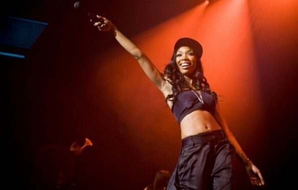 brandy-kills-it-at-horseshoe-casino-2