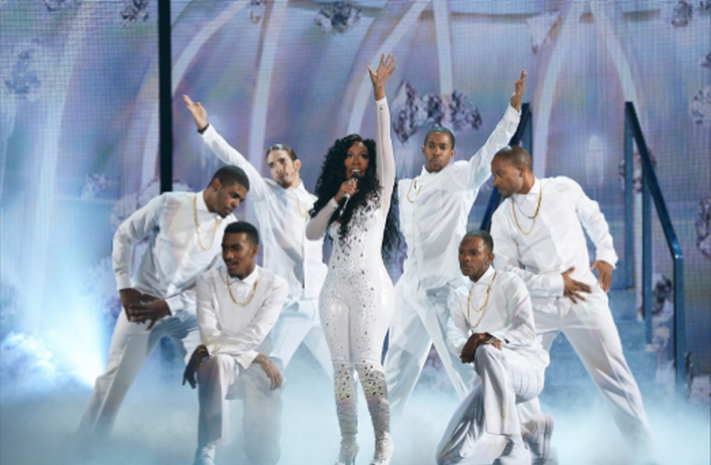 K.-Michelle-Performs-at-Soul-Train-Awards-2013
