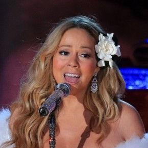 Mariah-Carey-Tapes-Rockefeller-Center-Christmas-Tree-Lighting-Performance-1-600x450