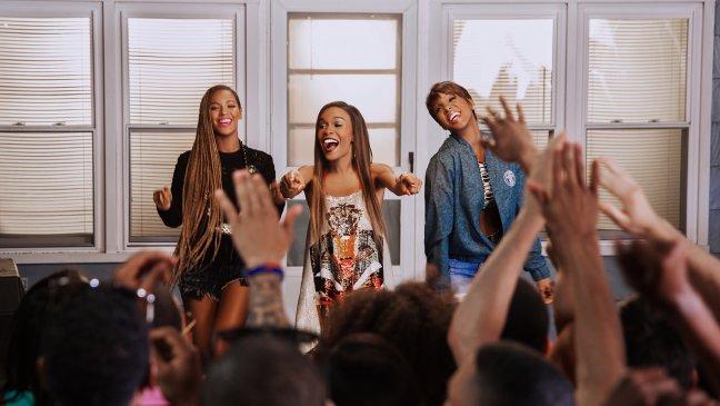 Beyonce-Michelle-Kelly-June-2014-BellaNaija.com_