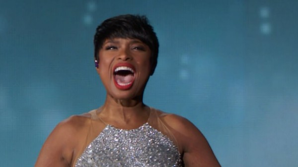 Jennifer-Hudson-sings-Neverland-featuring-Melanie-Moore-at-Tony-Awards-2014