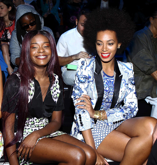 US/AUZ/NZ ONLY Azealia Banks and Solange buddy up at Milan Fashion Week
