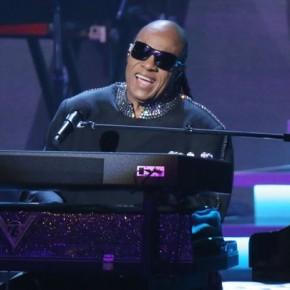 "Stevie wonder annonce l'opus ""Through The Eyes Of Wonder""!"