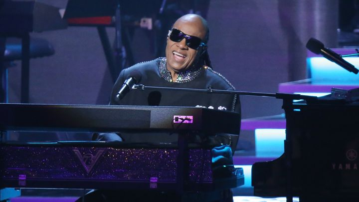 "Stevie wonder annonce l'opus ""Through The Eyes Of Wonder""!"