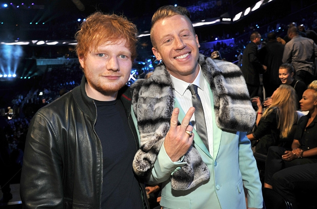 ed-sheeran-macklemore-mtv-vmas-2013-650-430