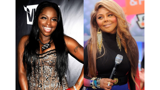 010413-music-girlfight-lil-kim-foxy-brown