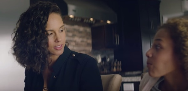 alicia-keys-let-me-in-thatgrapejuice-600x292