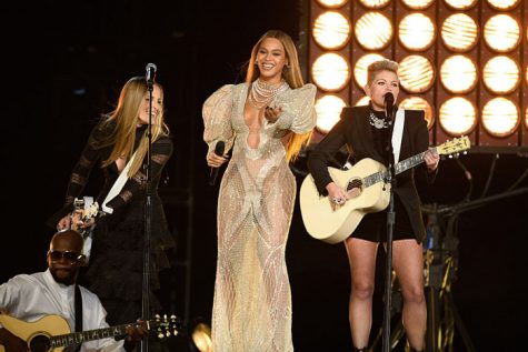 beyonce-dixie-chicks-cma-2016-475x317