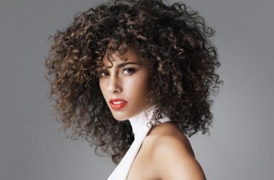 Alicia-Keys-curly-hair