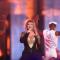 Mariah Carey stoïque pour sa prestation ratée sur «Honey» lors des VH1 Hip Hop Honors.